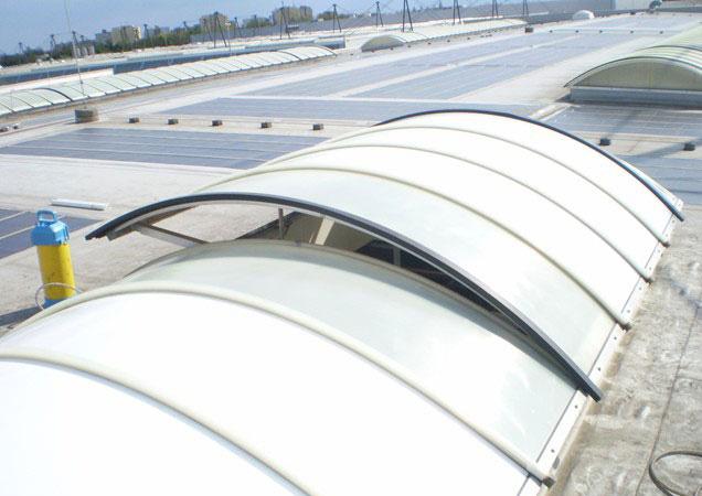 Sonnenschutzfolie auf Kunststoff bei Faurecia in Ingolstadt