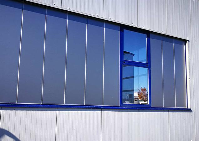Reflektion von Grünglas Industrieglas